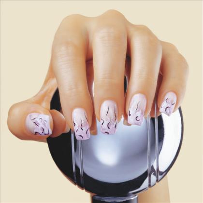 Décoration sur les ongles